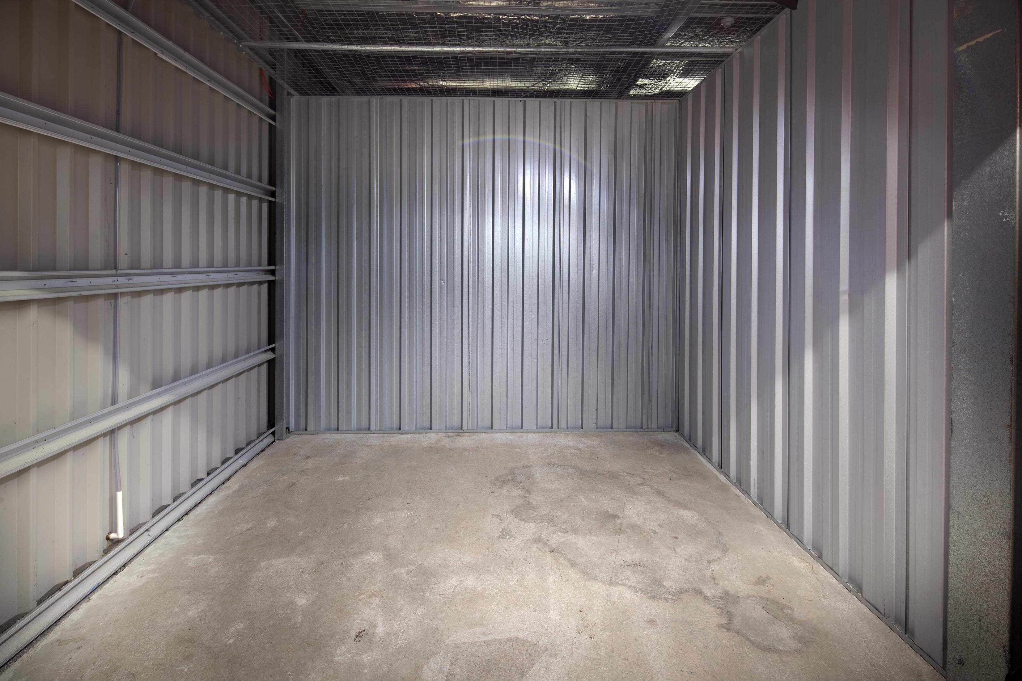 100ft storage unit